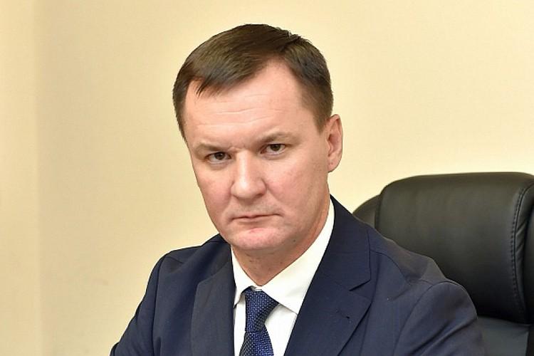 Владимир Хлапов