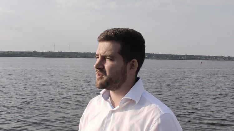 Илья считает, что за спасение девушки Романа нужно наградить. Фото: Виктор Правдин