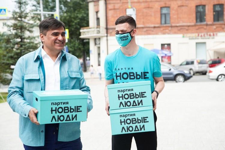 В Новосибирской области новые люди собрали 50 тысяч подписей. Фото: Дарья Митяева