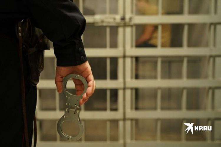 Большинство силовиков общались дружелюбно, но покидать отдел полиции не разрешали