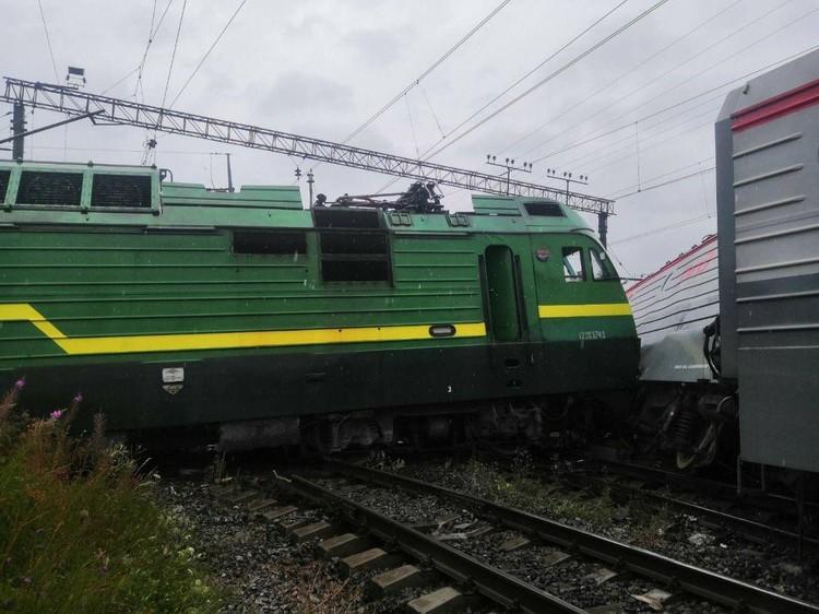 В аварии разбираются следователи Фото: МЧС Петербурга