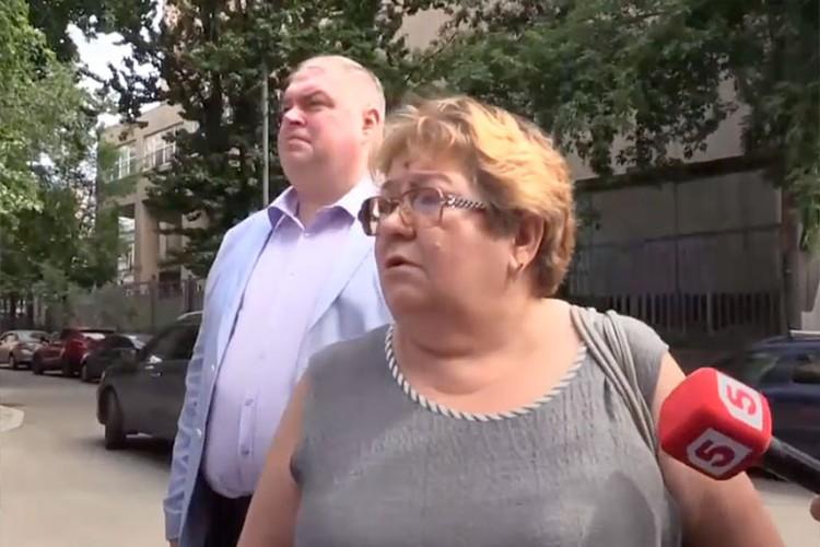 Ирина Стерхова отметила, что никто из представителей именитого актера не предлагал ей денежных компенсаций и не приносил извинений. Фото: скрин с видео