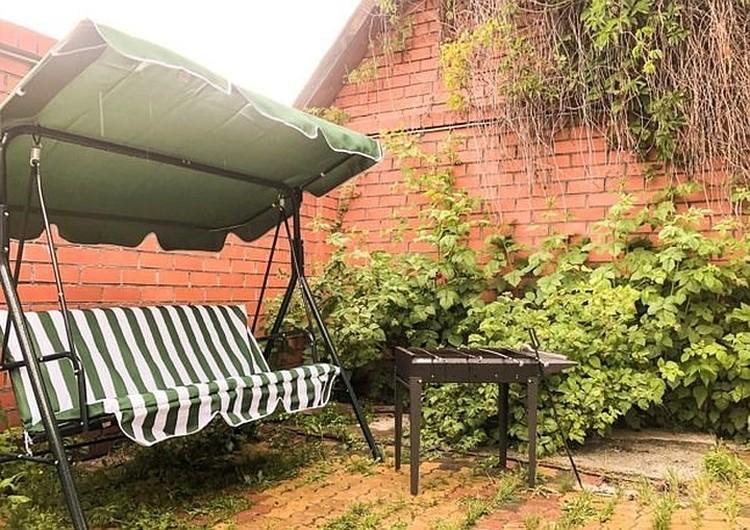 Дом в пригороде - 210 кв.м., шесть спален, баня, бассейн - 10 тыс. руб. в сутки. Фото: сайт частных объявлений.
