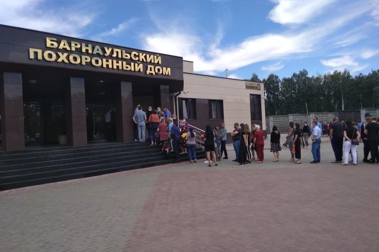 Похороны семьи Кременских.