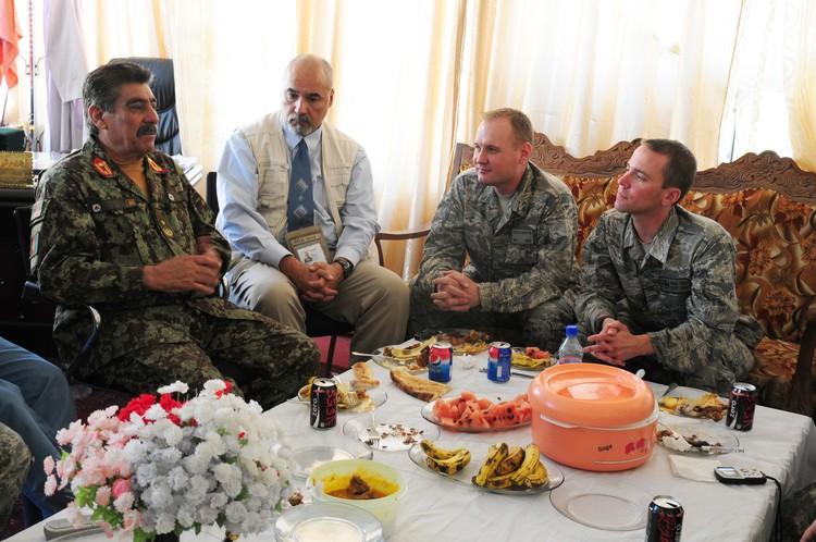 Сотрудники DynCorp в Афганистане.