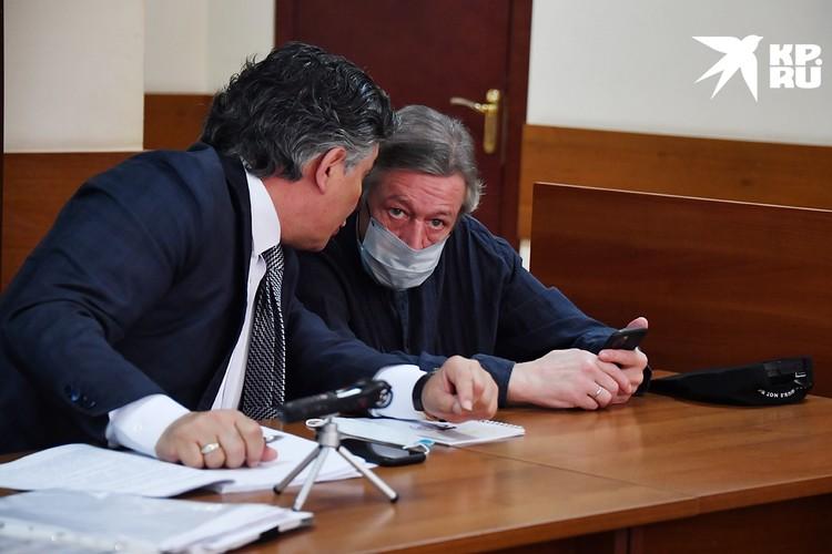 Адвокат Эльман Пашаев и Михаил Ефремов