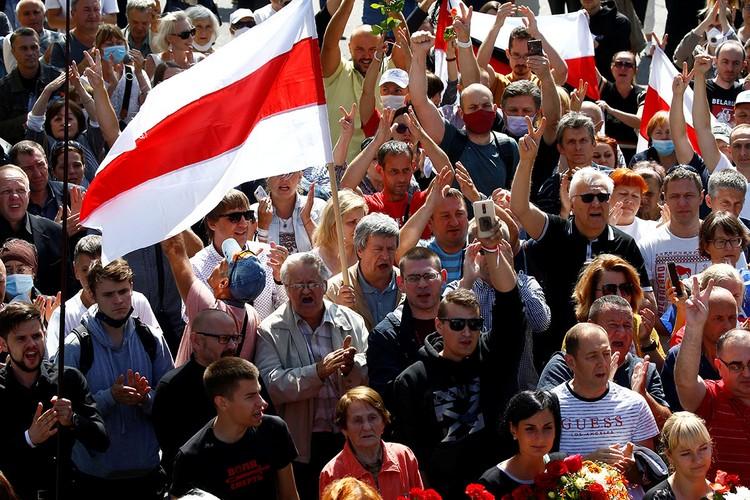 Остается только гадать, а вот эти протестующие в Белоруссии знают, что им уготована такая участь?