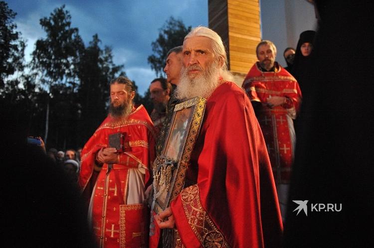 В этом году в Среднеуральском женском монастыре прошел отдельный от епархии Крестный ход
