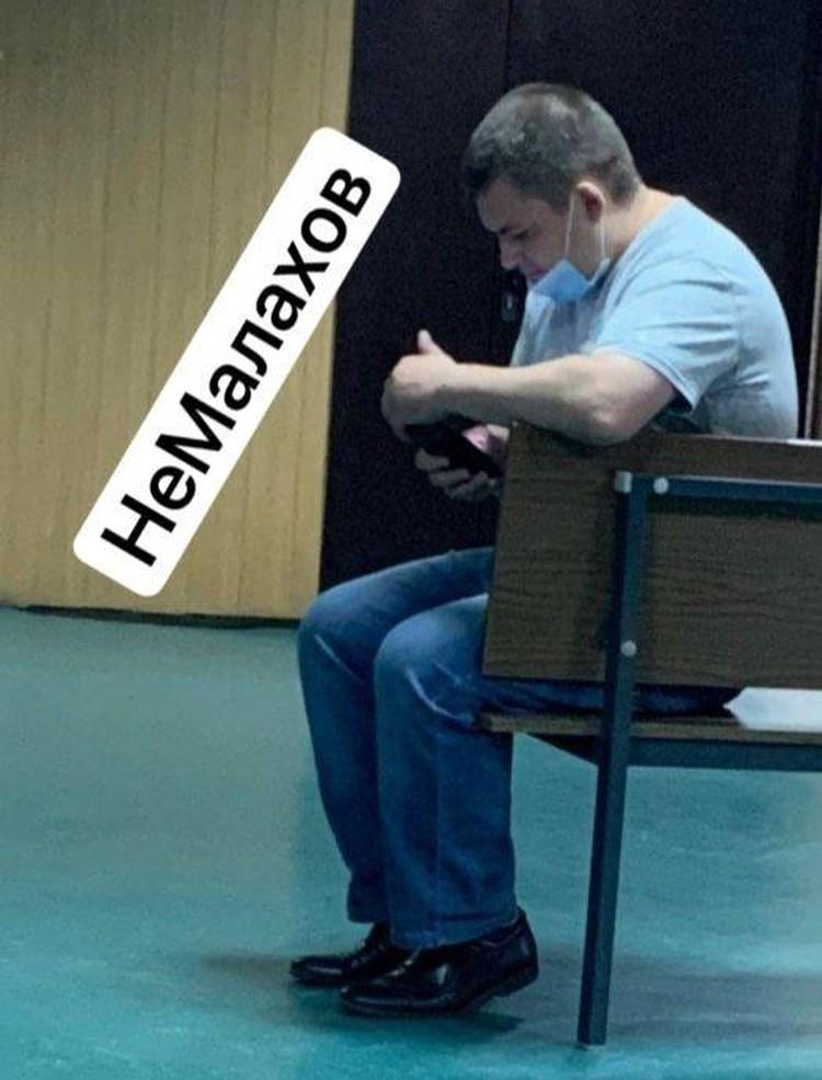 Александр Кобец уверен, что актер был на пассажирском сиденье, и даже описал предполагаемого водителя. Фото: НеМалахов