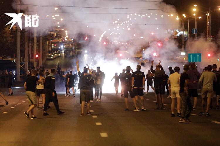 Протесты в Белоруссии в первые дни грозили перерасти в брутальный Майдан по-киевски