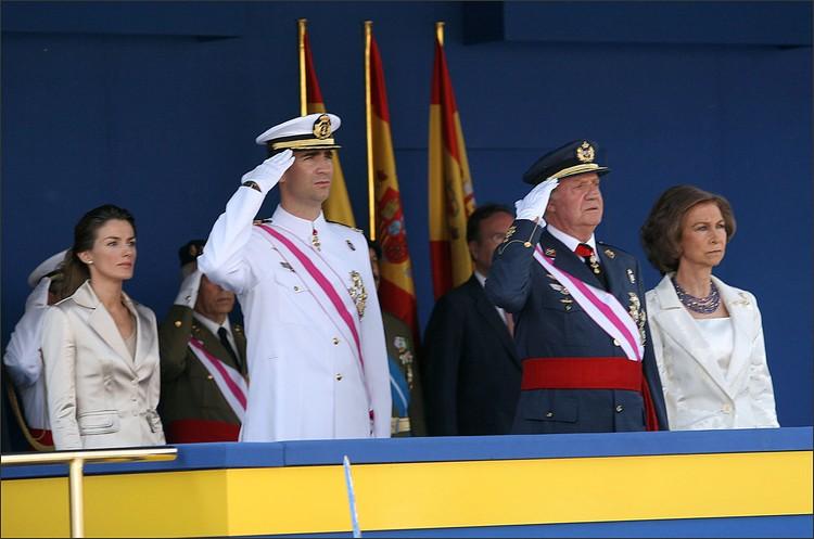 Королева Летиция, король Филипп VI, королева София и король Хуан Карлос I