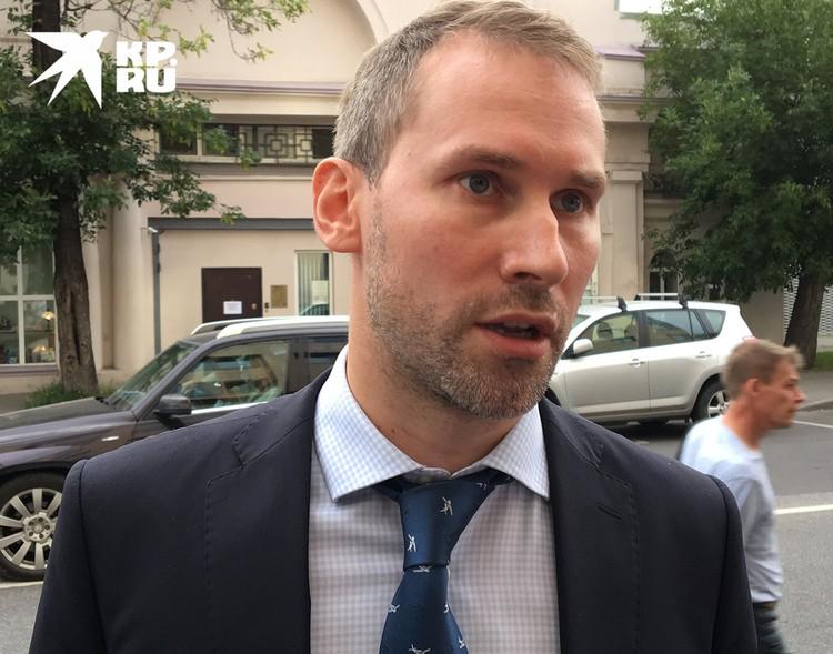 Адвокат Ярослав Пашулин защищает в суде Марию Хачатурян.