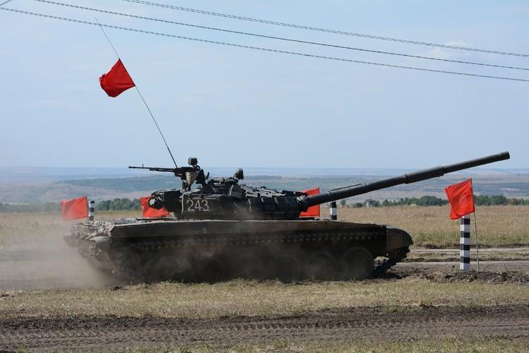 Боевые машины нужно поддерживать в исправном состоянии и улучшать их технические характеристики