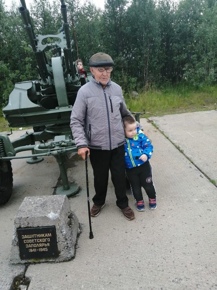 Сейчас Вячеслав Иванович находится дома в окружении родных