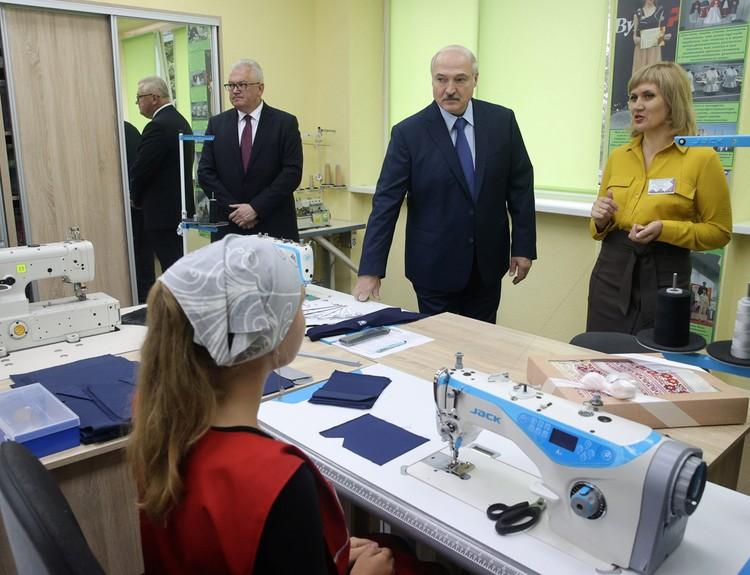 Президенту Белоруссии пришлось отвечать на вопрос о своем «развороте на Запад и США» в последние годы