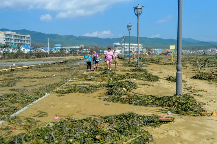 Дорожки теперь вровень с пляжем