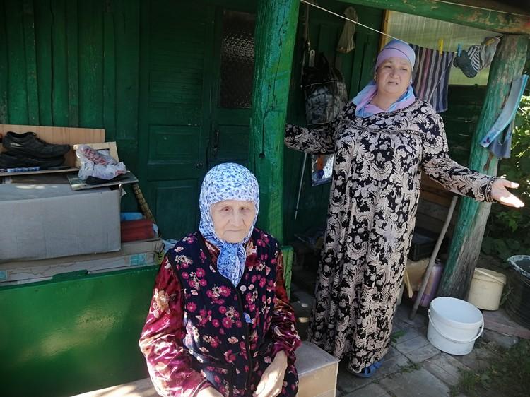 Ветеран и ее дочь два года терпят настоящий кошмар