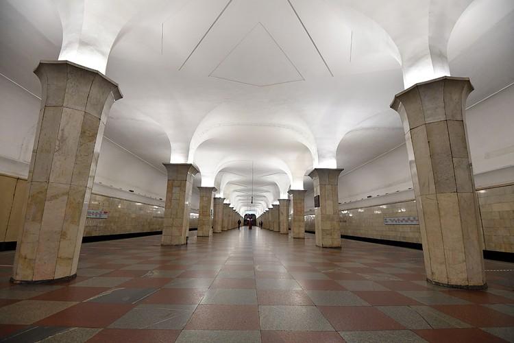 """Станция """"Кропоткинская"""" Сокольнической линии открыта в 1935 году"""