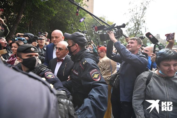 Александр Добровинский по случаю вынесения приговора Михаилу Ефремову по делу о смертельном ДТП при параде