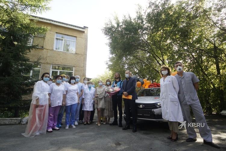 """Футболист """"Урала"""" таким образом отблагодарил врачей."""