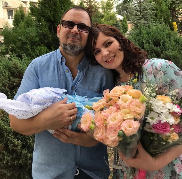 4 сентября маму и ребенка выписали из больницы. Фото героя публикации.