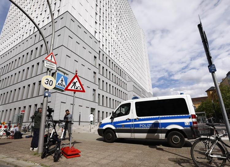 Навальный продолжает лечение в клинике Шарите под охраной германской полиции