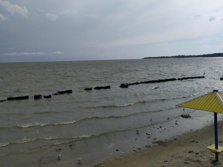 Пасмурная погода в Таганрогском заливе
