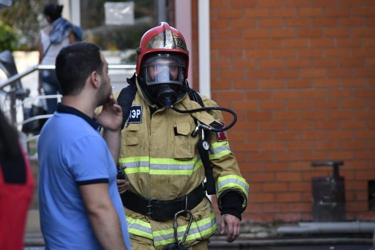 Пожарные на глазах наращивали группировку
