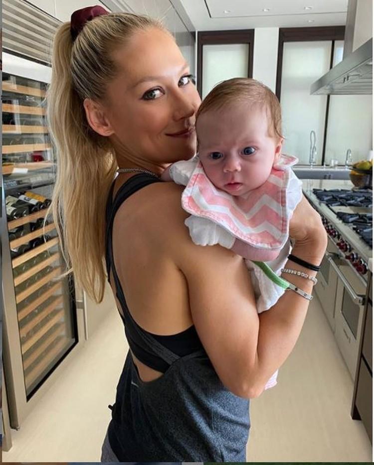 А так Маша выглядела через пару месяцев после рождения. Фото: Инстаграм.