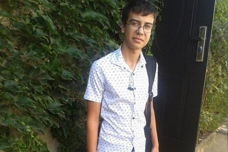 Молодой человек, как и все, прошел медкомиссию – отклонений в здоровье у него не нашли.