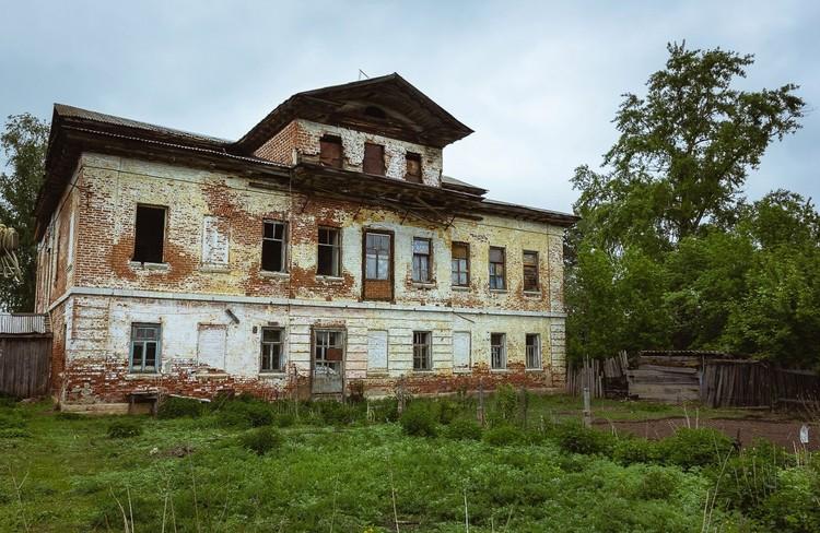 «Дом с мезонином», построенный при Екатерине Новосильцевой в XIX веке. Фото: Алексей Авдейчев