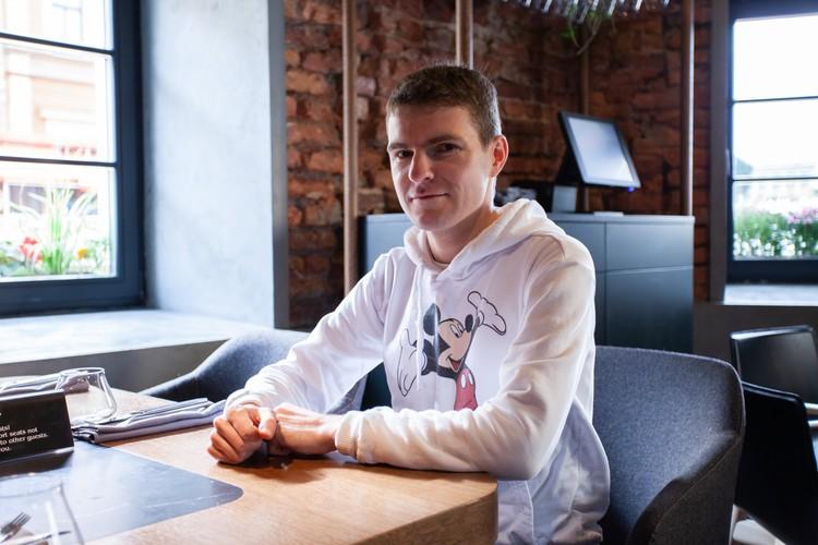 Артем Батин: «У пациентов, живущих в центре Петербурга, часто бывает аллергия на плесень».