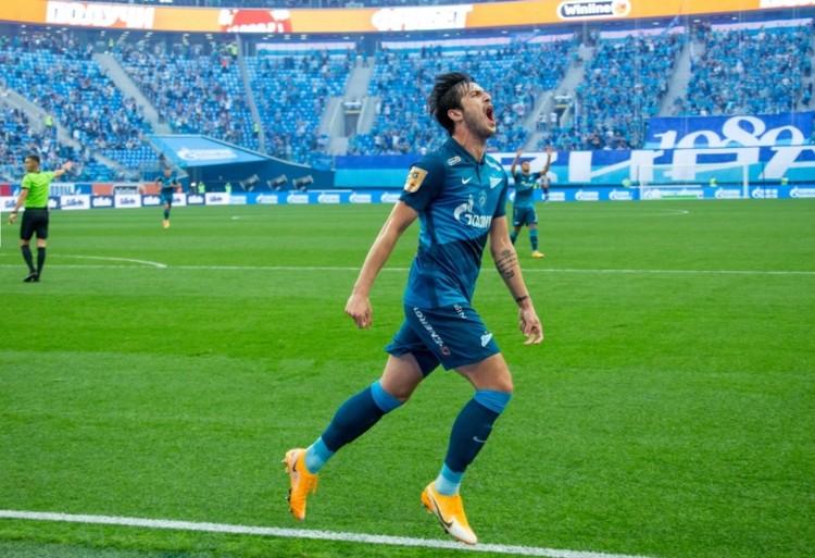Главными звездами матча стали Сердар Азмун... Фото: пресс-служба футбольного клуба