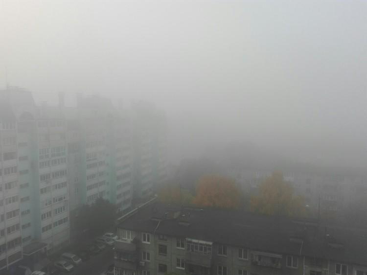 На улице Дзержинского видимость почти нулевая Фото: Сергей Уваров/vk.com