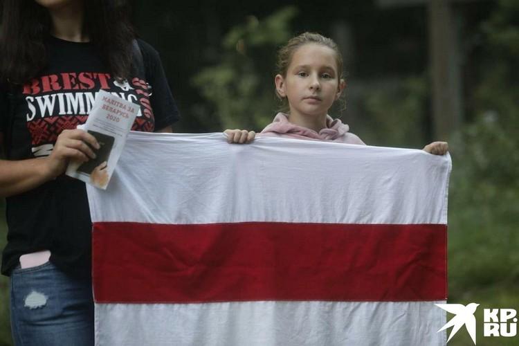 Если посмотреть, чему учат детей в Белоруссии, окажется, что есть целые эпохи, на которые взгляды Москвы и Минска разнятся