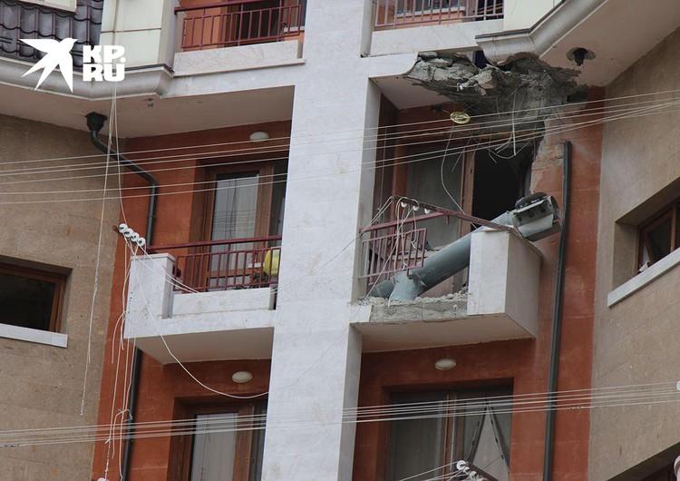 Город Степанакерт подвергся обстрелам из реактивной системы залпового огня «Смерч»