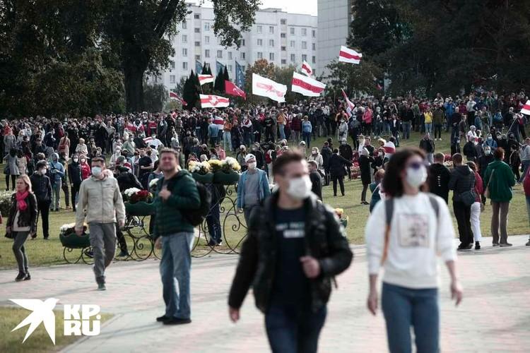 Воскресенье 4 октября не обошлось в Минске без очередного масштабного митинга. Фото: Иван Иванов