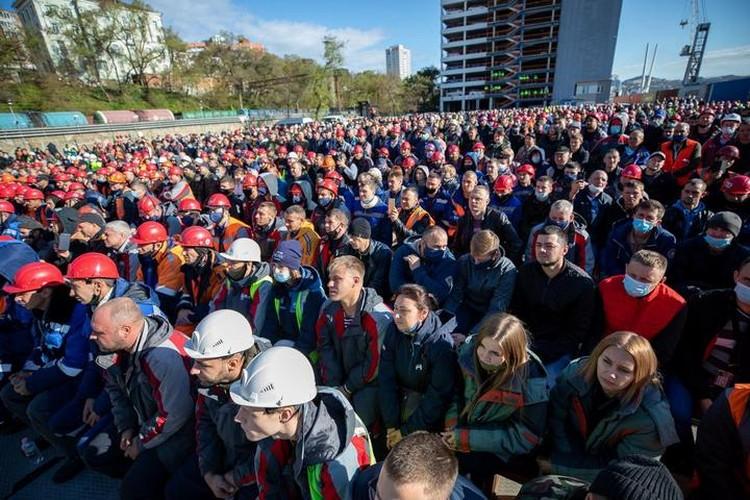 По подсчетам, проведенным с коптера, участие приняли больше 2500 человек. Фото: пресс-служба ВМТП.