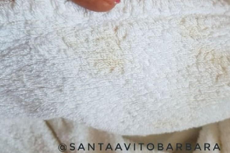 «Халат бывшего с пятнами коньяка» — пост, с которого все началось. Фото: santaavitobarbara.