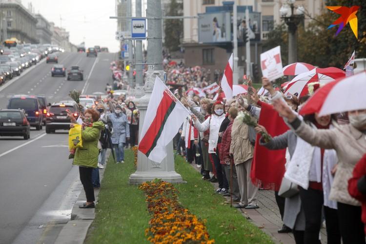 В понедельник, 12 октября, уже во второй раз прошел так называемый «Марш пенсионеров».