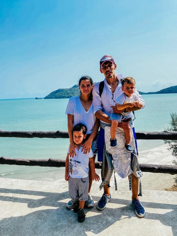 Безусловная любовь, по словам Насти, делает их с Димой терпимее, а детей – счастливее