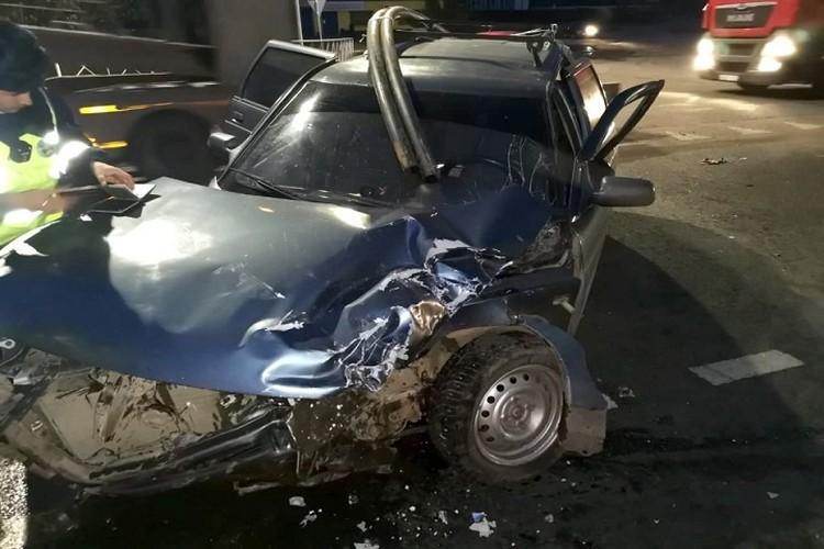 В аварии пострадали пять человек