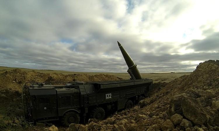 Учения завершились боевым пуском ракеты комплекса «Искандер-М». Фото: предоставлено пресслужбой ЦВО