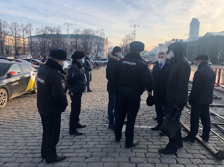 За забастовкой наблюдали сотрудники полиции, ГИБДД и министерства общественной безопасности