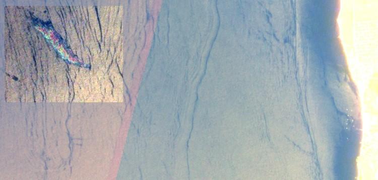 Крупное загрязнение в районе Качи - плёнка достаточно толстая и наблюдается «радужка» - интерференционная структура. Июнь 2020 года. Фото: Личный архив Сергея Станичного