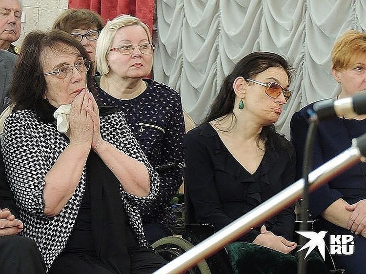 Вдова Алексея Баталова Гитана и дочь Мария