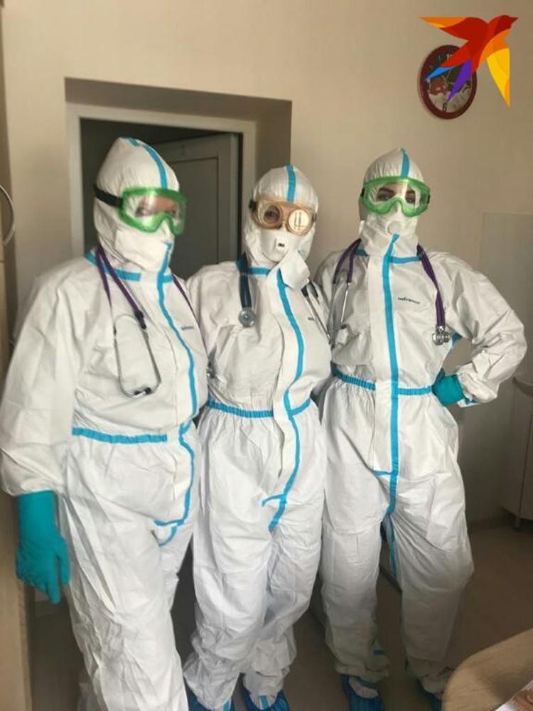 """""""Для инфекциониста всегда интересно работать в разгар пандемии. Это опыт"""", - признается Дарья"""