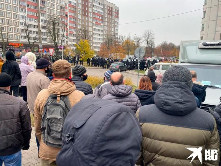 Люди собрались на «Площади перемен» в Минске. Фото предоставлено КП