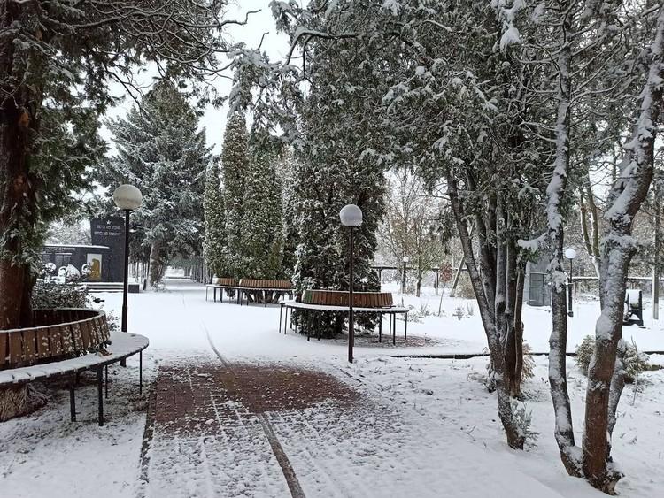 Именно здесь сегодня выпало больше всего снега в регионе. Фото: instagram.com/er_bor_admin