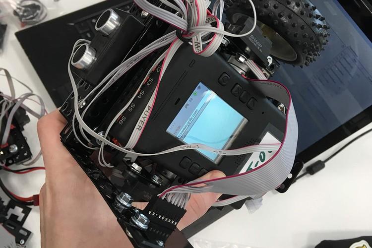 Для успешного выполнения конкурсных заданий участники используют высокотехнологичное оборудование. Фото: предоставлено героем публикации